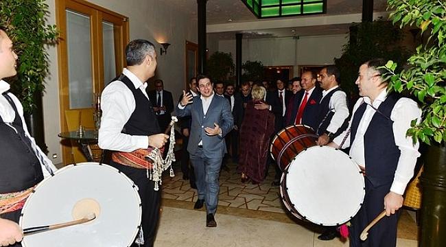 Ali Ağaoğlu kızını evlendiriyor...