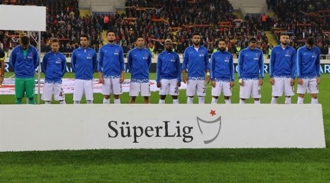 Trabzonspor'da 3 futbolcu Galatasaray maçında yok