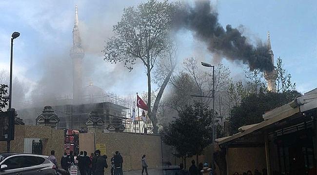 Tarihi camide yangın paniği