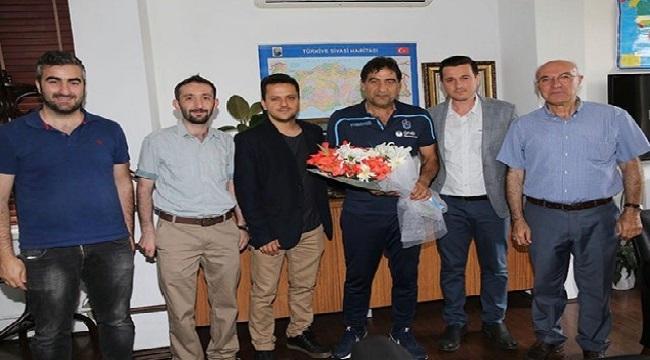TSYD'den Teknik Direktör Karaman'a ziyaret