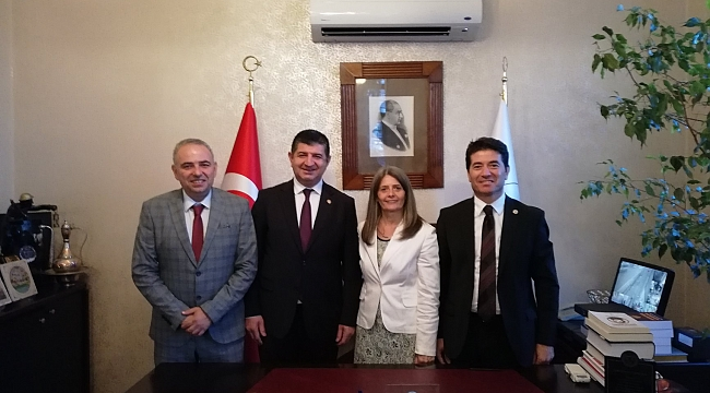 CHP heyeti Trabzon'da krizden çıkış yolunu anlatıyor