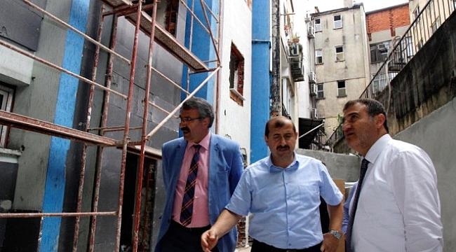 Kaya, İŞKUR yeni binasında inceleme yaptı