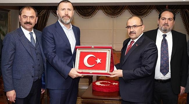 Trabzonspor'dan Valiye ziyaret