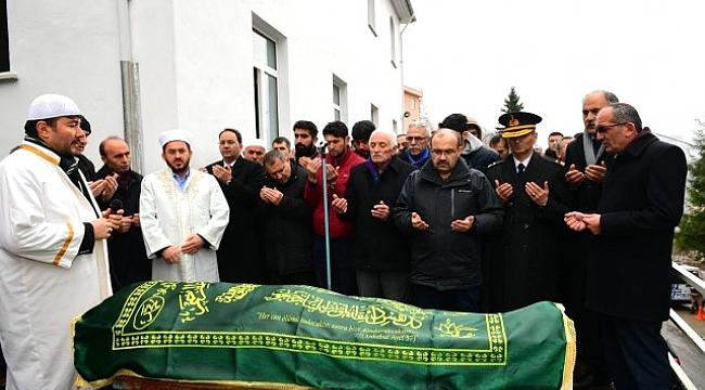 Kartal'da ölen genç Şalpazarı'nda defnedildi