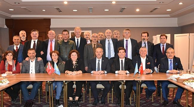 İYİ Parti Trabzon Büyükşehir Adayı Aksoy projelerini açıkladı