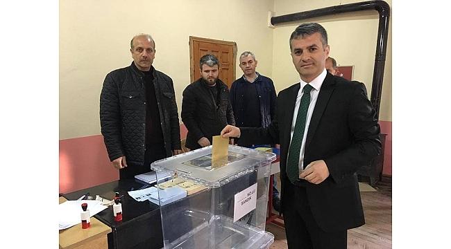 İYİ Parti Yomra'yı Bıyık'la kazandı