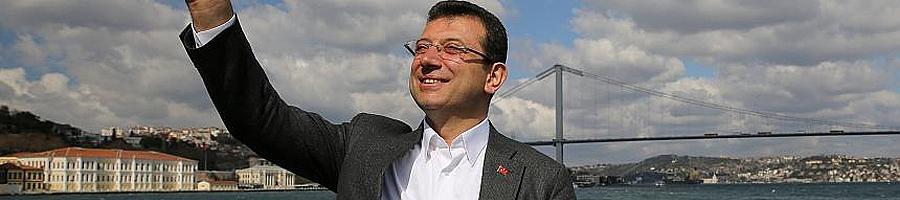 Türk siyasetinin 'yeni yıldızı' Ekrem İmamoğlu kimdir?