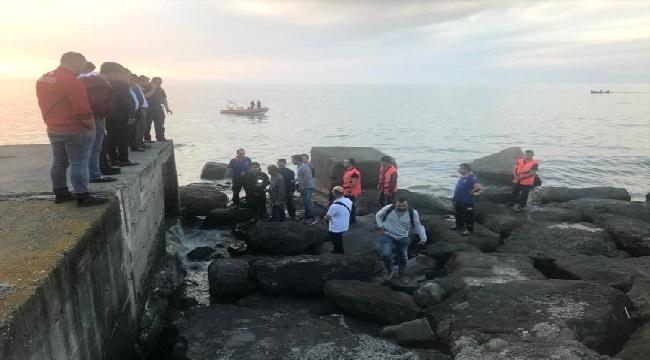 Trabzon'da kanalizasyona düşen işçi kayboldu