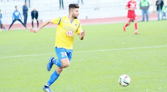 Cezayirli golcü için de girişim