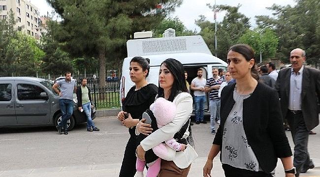Kılıçdaroğlu, Ayşe Öğretmen ile görüştü