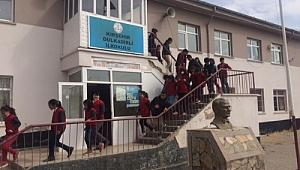 Köy okullarını kapat her yere imam hatip aç
