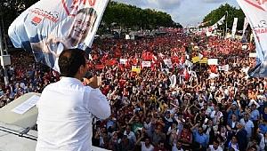 Teşekkür etmek için bile izin almak zorunda; İstanbul'u nasıl yöneteceksin?