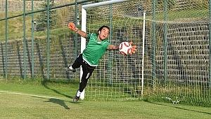 Trabzonspor'a bir genç kaleci daha