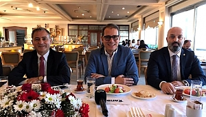 Turizm Ajansına adaylığını Trabzon'da açıkladı