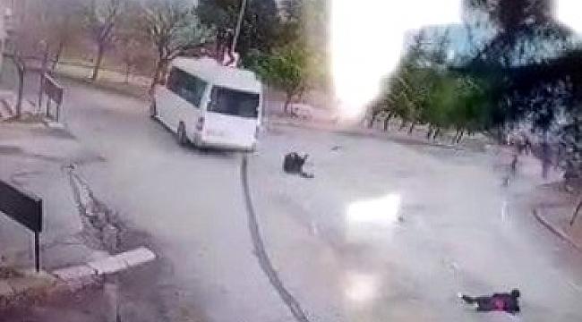 Freni boşalan minibüsten atlayan kadın yaşam mücadelesi veriyor