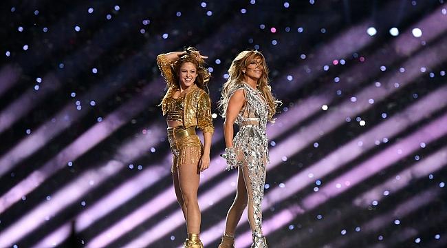 Shakira ile Jennifer Lopez damga vurdu