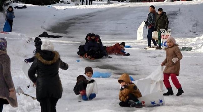 Trabzon'da sokaklar buz pisti
