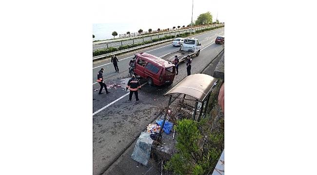 Çarşıbaşı'nda feci kaza: 1 ölü iki yaralı