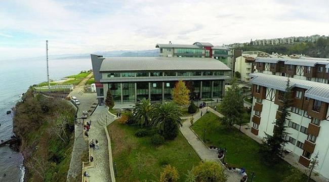 Avrasya Üniversitesi 100'ün üzerinde akademisyeni ücretsiz izne çıkardı