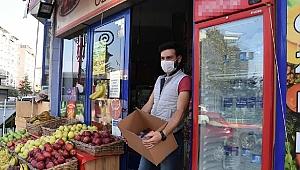 Marketindeki Fransız ürünlerini raflardan indirdi