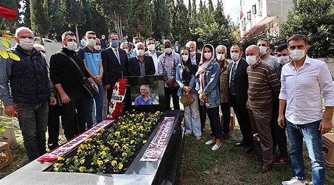 Trabzonspor'un efsane futbolcusu Kadir Özcan anıldı