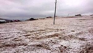 Karadeniz'de mevsimin ilk karı yaylalara yağdı