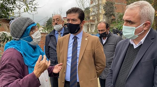 Kaya, Trabzon'da evlerinin üzerine taş yağan mahalleye gitti