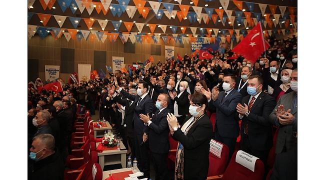 Pandemi AK Parti kongrelerine uğramıyor mu?