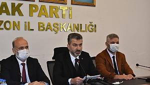 AK Parti İl Başkanı Mumcu, Trabzon basınıyla biraraya geldi, izleyeceği yol haritasını çizdi.