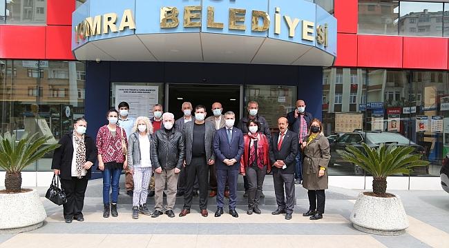 CHP Yomra örgütü, Belediye Başkanı Bıyık'ı ziyaret etti