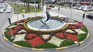 Trabzon çiçeklerle renkleniyor