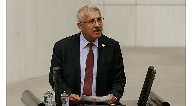 Yokuş'tan Sedat Peker operasyonu yorumu: Sırtını sıvazlıyordunuz
