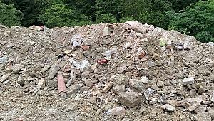 Sümela'da restorasyon atıkları dereye dökülmüş