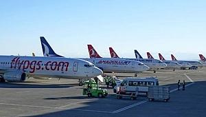 Trabzon Havalimanı en yoğun dönemlerini yaşıyor