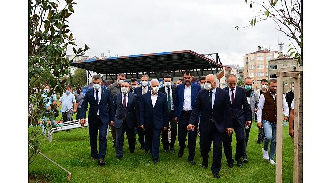 Genel Başkan Vekili Yıldırım ve Bakan Kurum'dan Millet Bahçesi'ne yakın ilgi