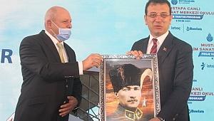 İmamoğlu, 'Mustafa Canlı Bilim Sanat Merkezi' projesini tanıttı