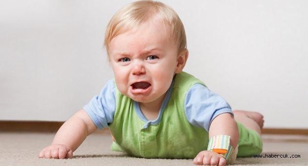 Bebeğiniz yüksekten düşerse ne yapmalısınız?