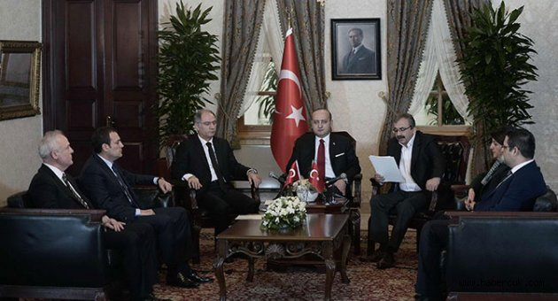 Demirtaş hain Öcalan barış güvercini mi?