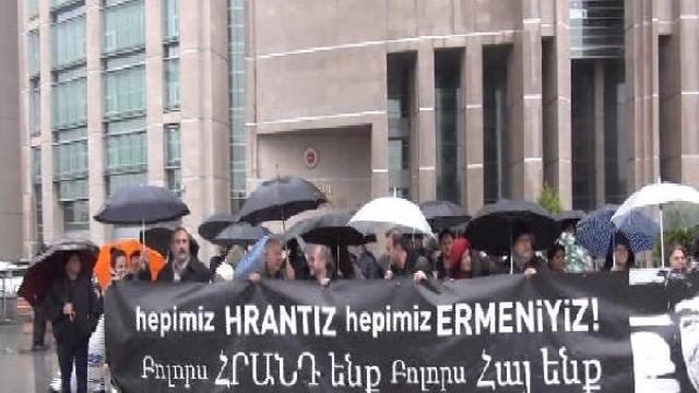 """Hrant'ın Arkadaşları""""Ndan Dava Öncesi Adliye Önünde Eylem"""