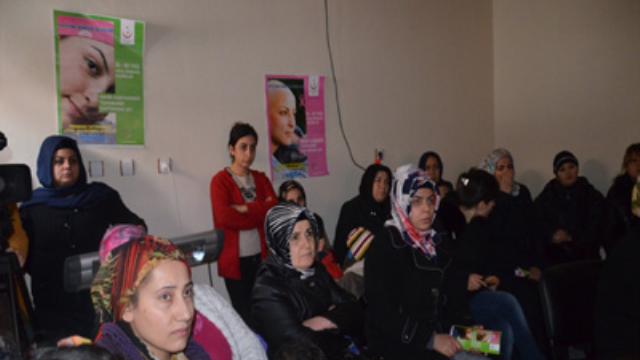 Kadınlara meme kanseri semineri
