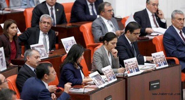 Meclis'te Tahir Elçi gerilimi