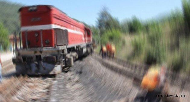 PKK, Kars'ta yük trenini bombaladı