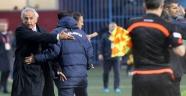 Trabzonspor'dan Hakan Ünsal'a kınama