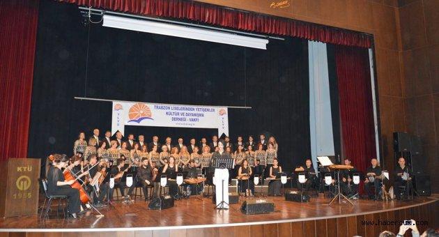 TLYD Türk Müziği Korosu'ndan muhteşem gece