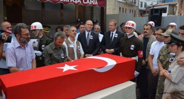 Trabzon'da onbinler şehidini uğurladı